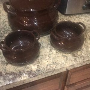 2 chocolate soup bowls